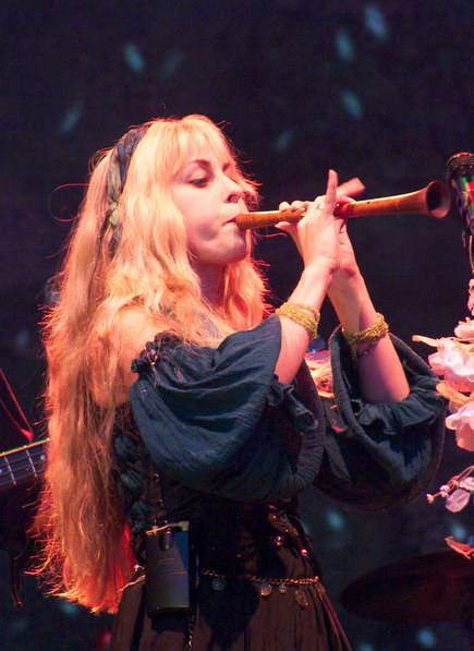 Blackmore's Night Cand_17